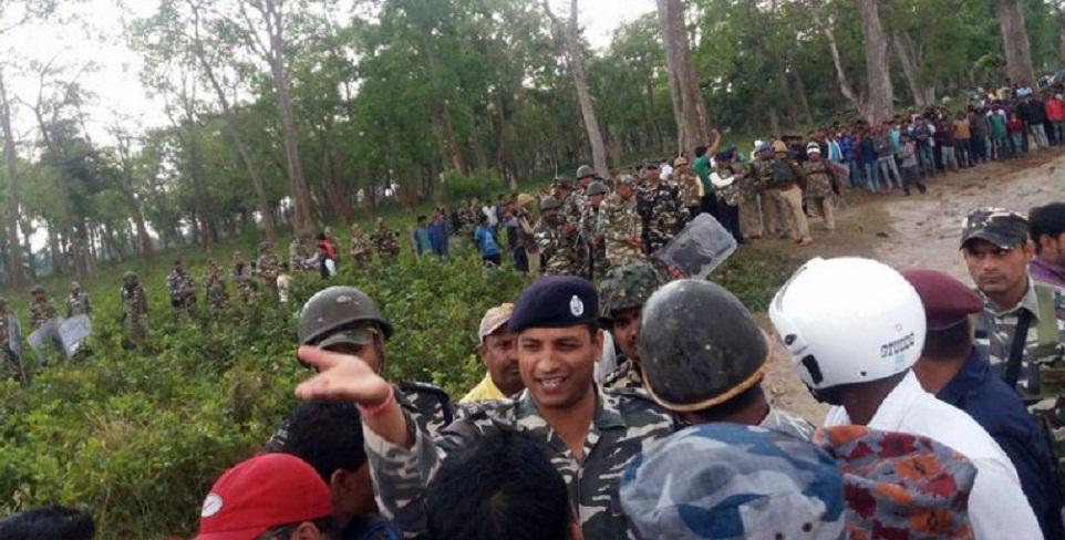 सीमामा झडपः प्रहरीमाथि आक्रमण गर्ने ८ भारतीय घाइते