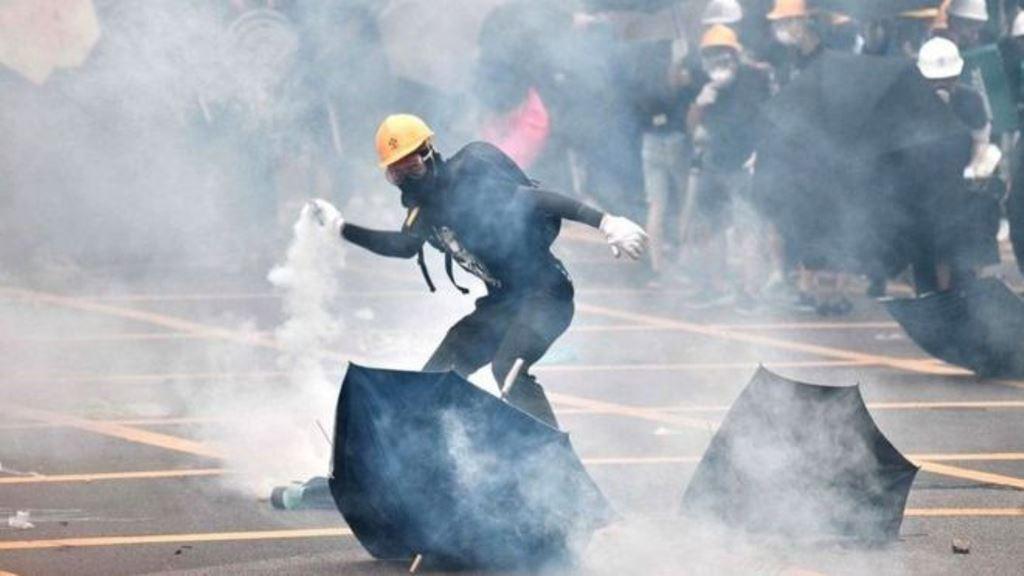 हङ्कङमा प्रभाव बढाउन चीनद्वारा विवादास्पद कानुन पारित