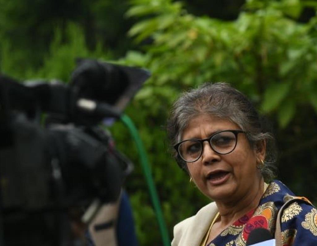 भारत जान लागेकी सरिता गिरीलाई सीमाबाटै फर्कायो प्रहरीले