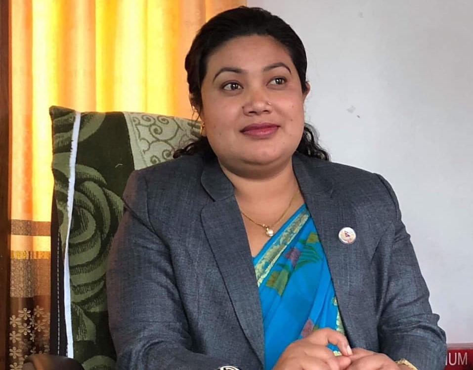 'वहस तर्क संगत गरौं, दाङ प्रदेशको उपयुक्त राजधानी हो' शान्ता चौधरी