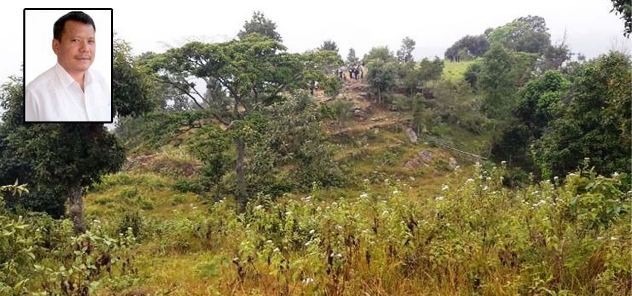 आठराई गाउँपालिका अध्यक्ष लिम्बु भन्छन्- विमानस्थलको नाम फेर्ने कुरा शंकास्पद' विमानस्थल बनेपछि नाम फेरिन्छ