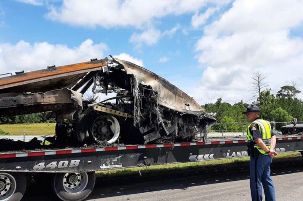 अमेरिकाको अलाबामामा भएको दुर्घटनामा ९ बालबालिकासहित १० को मृत्यु