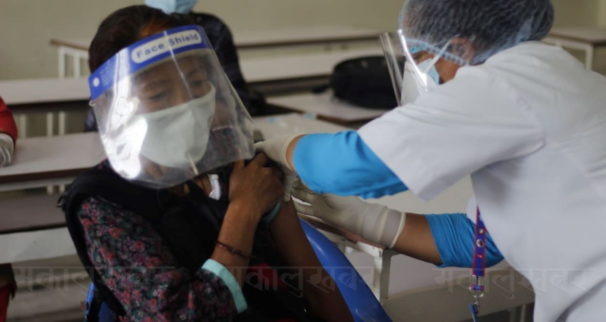 काठमाडौंमा लगाउन थालियो 'भेरोसेल' (तस्बिरहरु)