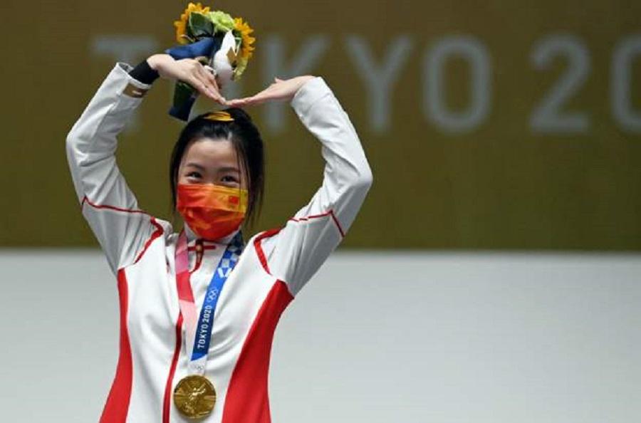 टोकियो ओलम्पिकको पहिलो स्वर्ण चीनलाई
