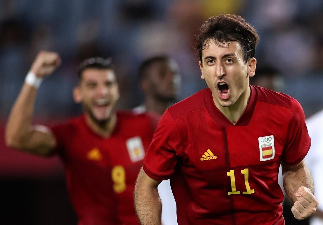 ओलम्पिक फुटबल : स्पेन सेमिफाइनलमा