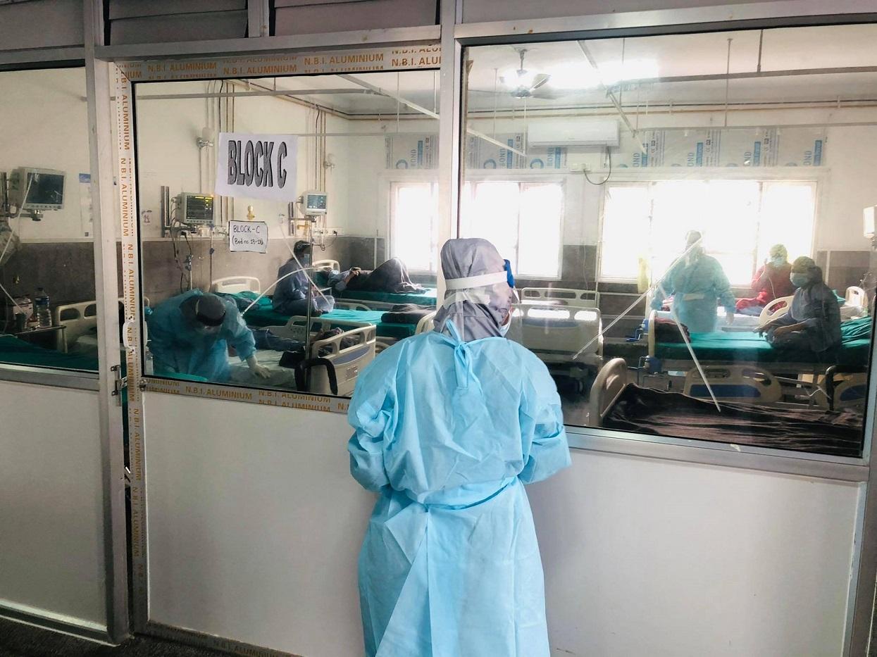 काठमाडौँ उपत्यकामा कोभिड संक्रमित बढ्नाले अस्पतालका शय्या भरिँदै