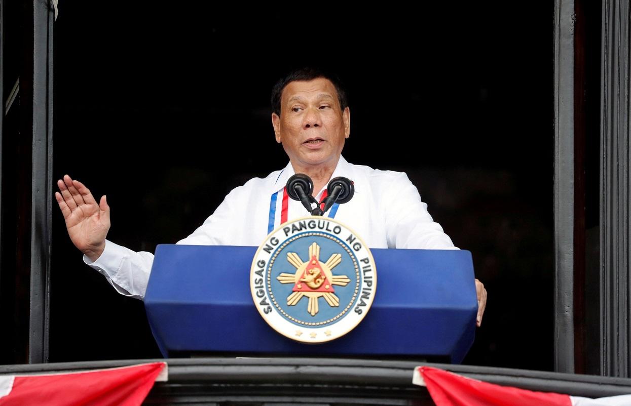 फिलिपिन्सका राष्ट्रपति उपराष्ट्रपतिमा उठ्दै, राष्ट्रपतिमा उनकै स्वकीय सचिव