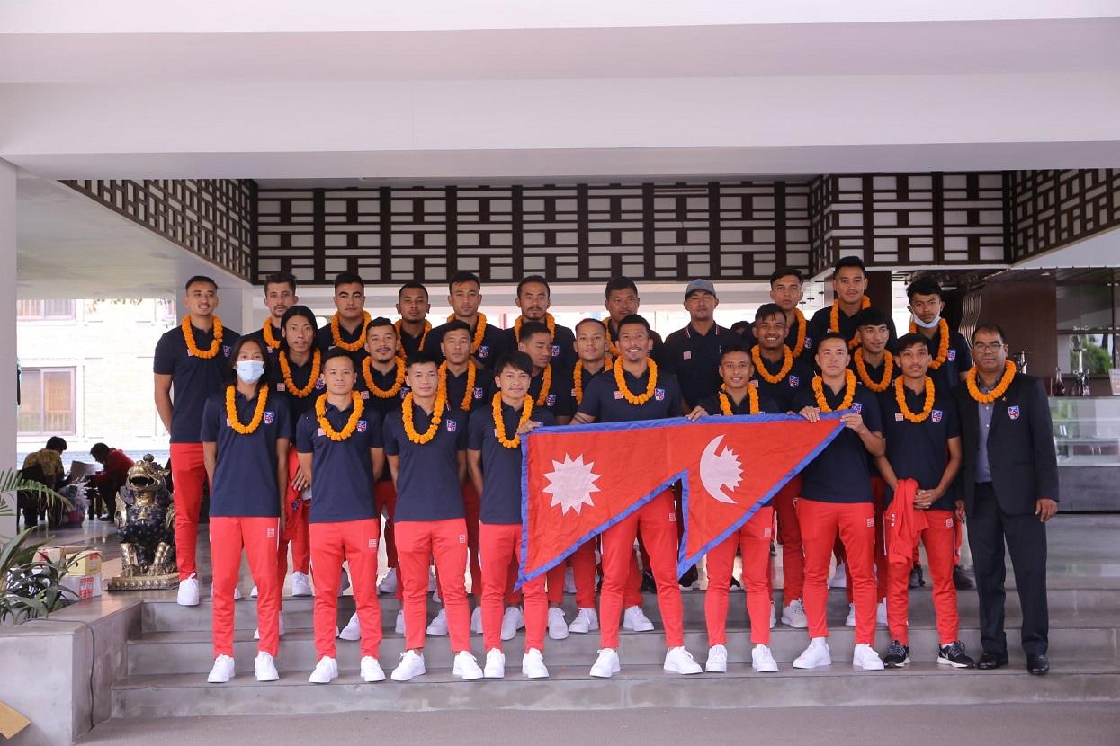राष्ट्रिय फुटबल टिमले कतारमा १५ दिन अभ्यास गर्ने