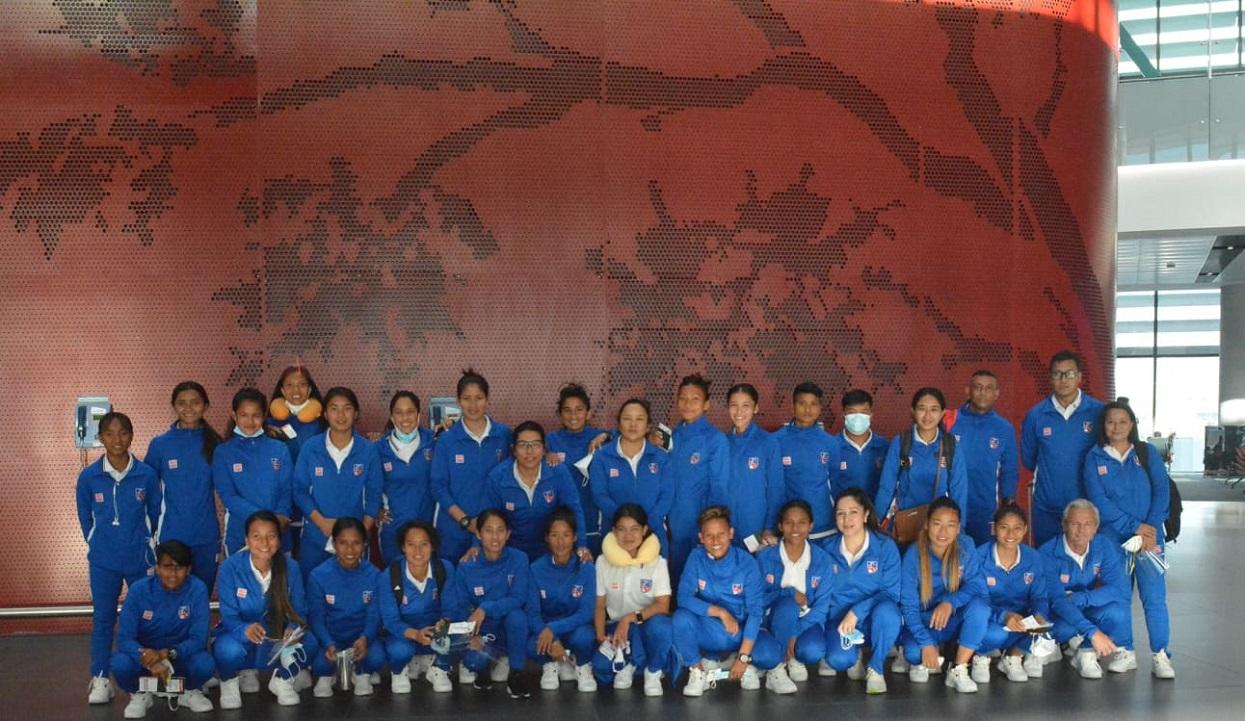 उज्वेकिस्तान पुग्यो नेपाली महिला फुटबल टीम