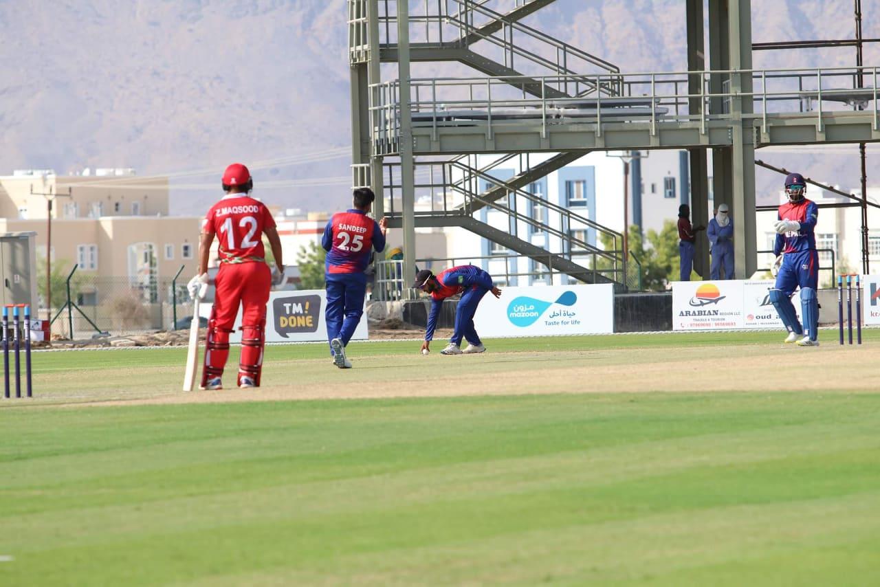 नेपाललाई १२२ रनको लक्ष्य, करण र सन्दीपले लिए ४-४ विकेट