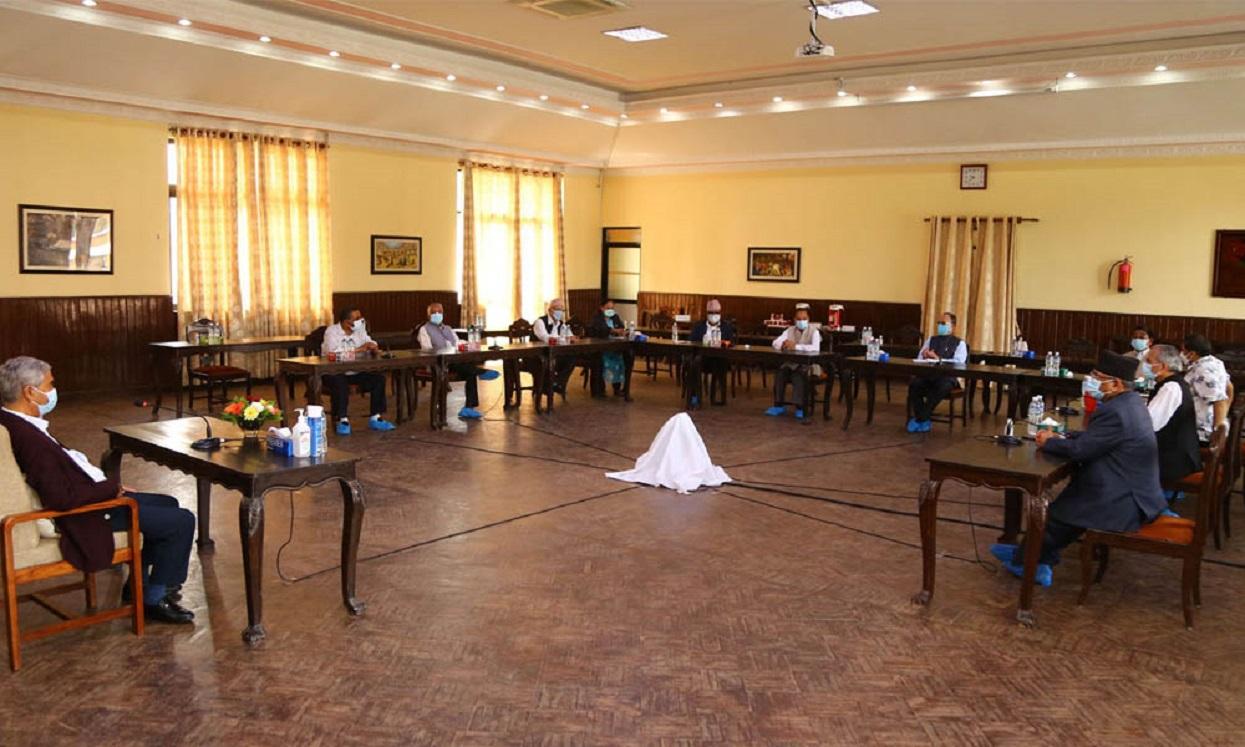 संसद् बैठकअघि सत्तारुढ गठबन्धनको बैठक बस्दै