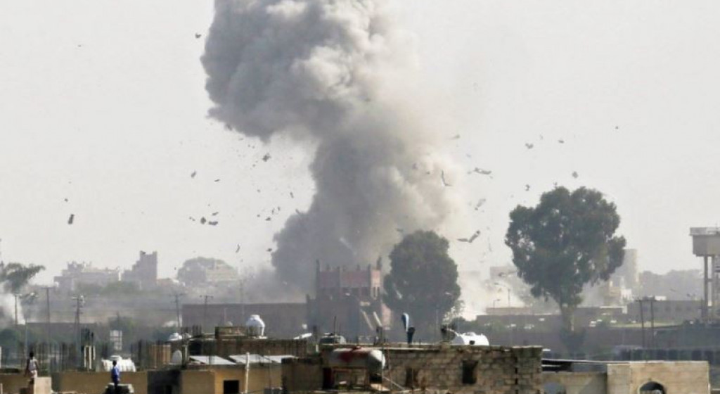 साउदी अरेबियाको सैन्य विमानद्वारा यमनमा लगातार बमबारी