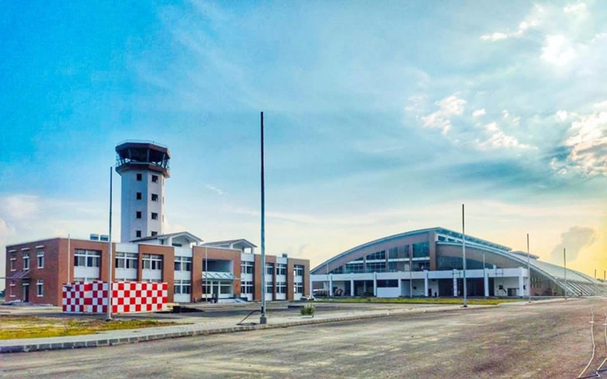 विमानस्थलमा राख्न साढे दुई अर्ब लागतको बुद्धमूर्ति नेपाल ल्याइयो